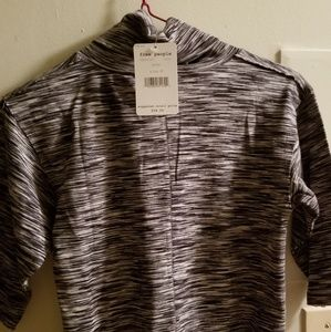 NWT  Free people short sleeve turtle neck, gray